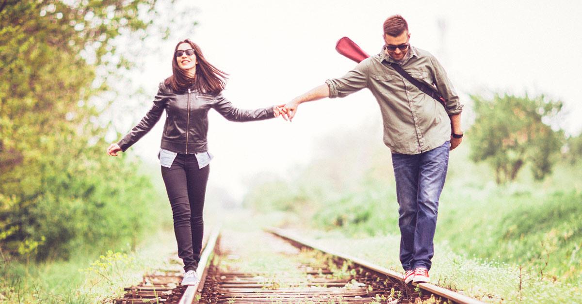 Nähe und Distanz - so lösen Paare diesen Grundkonflikt der