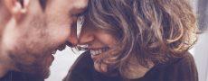 Zehn Fakten über die Liebe: Ein glückliches Paar an Valentinstag