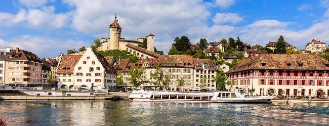 Panorama von Schaffhausen mit Fluss las Motivation Singles kennenzulernen