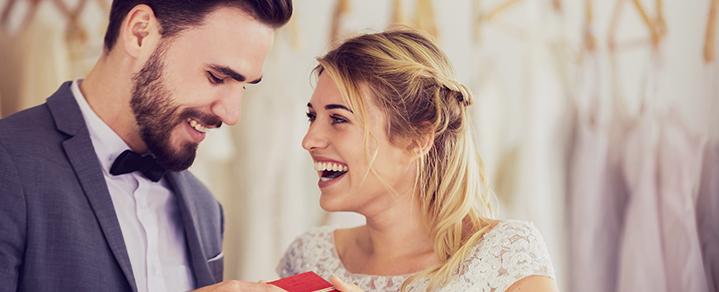 Hochzeitspaar als Symbol für Heiratsgründe