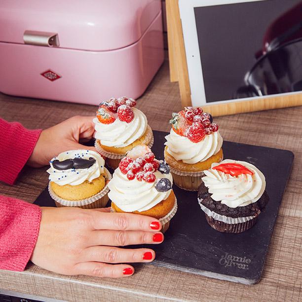 Gerne backt Single Anika aus Essen Cupcakes. Jetzt mehr erfahren!